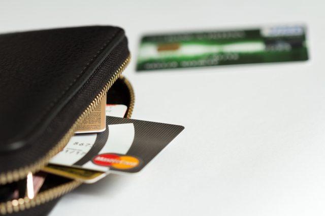 クレジットで支払う方法