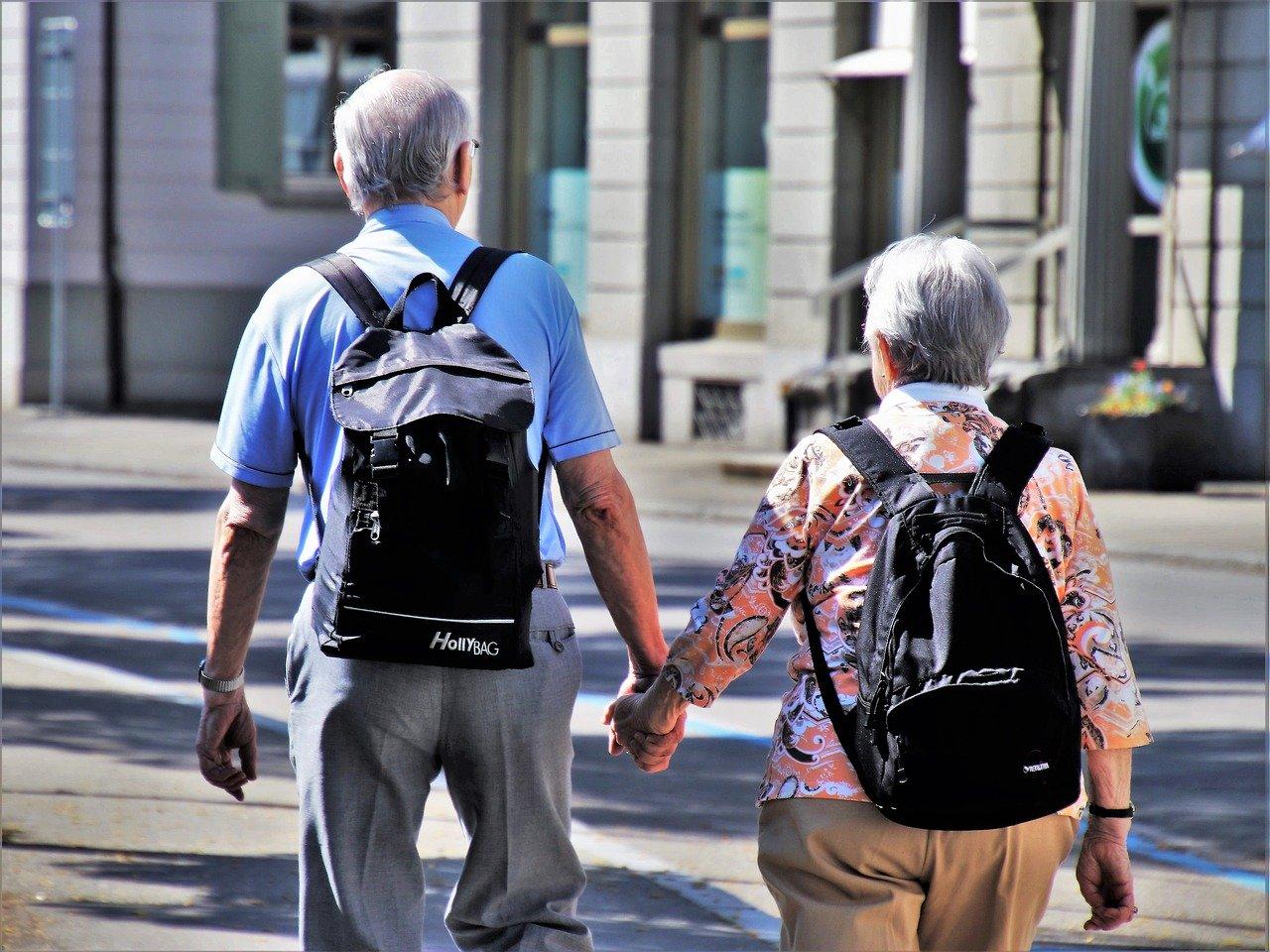 老後が不安な人は90%以上!セコムが老後の不安に関する意識調査の結果を発表!